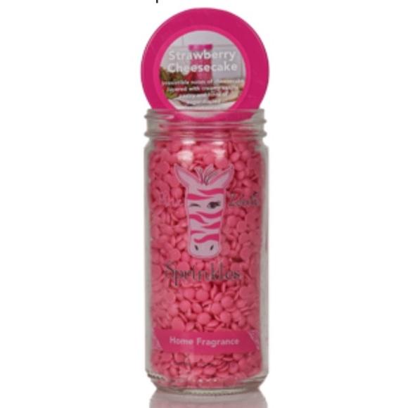 HOPE Strawberry Cheesecake 3.75 oz. Jar Sprinkles